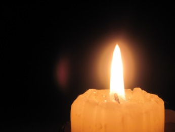 https://themisadventuresofmisaki.files.wordpress.com/2012/07/candle_apartment_room.jpg?w=300
